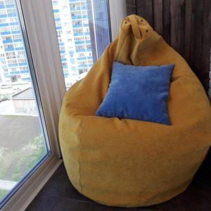 Кресло-мешок на балконе