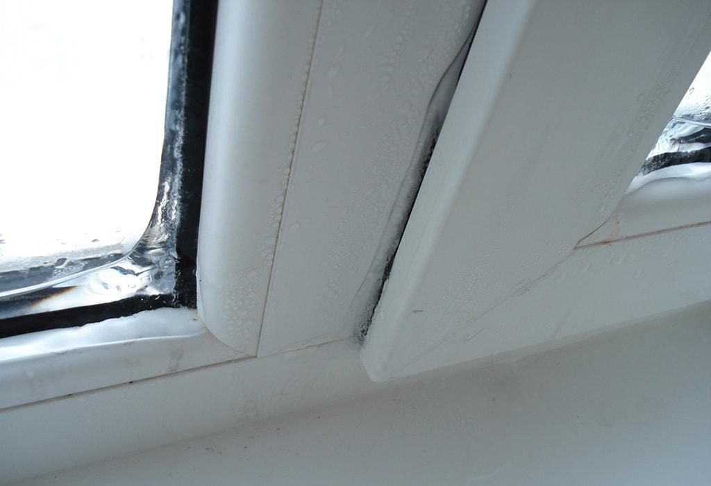 Промерзание балконных окон