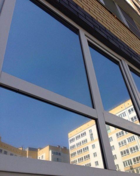 Солнцеотражающее стекло