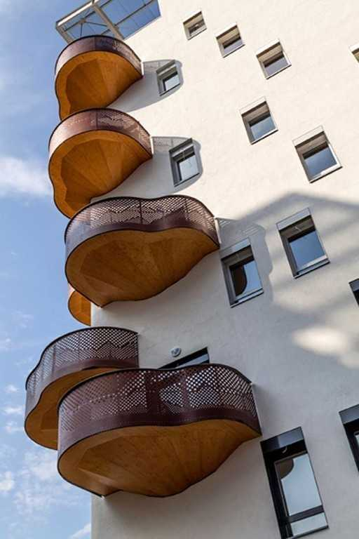 Балкон необычной формы
